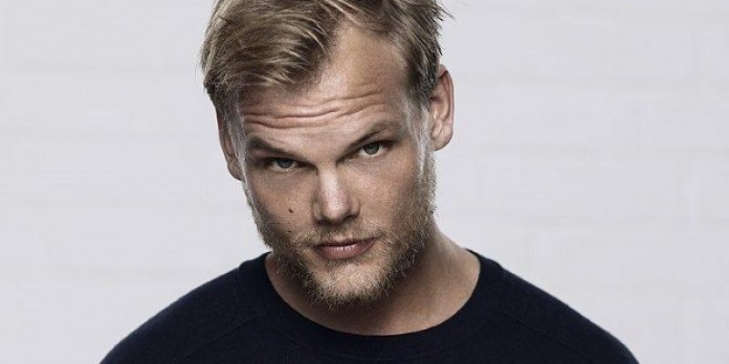 Avicii é homenageado em discurso no Billboard Music Awards