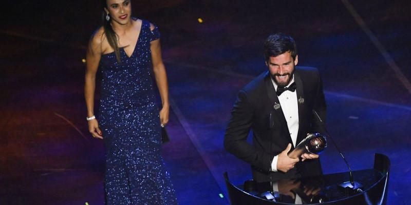 Alisson e Marta são indicados a prêmio de melhor do mundo em 2019
