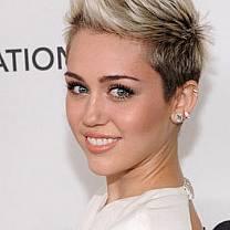 Miley Cyrus é convidada para dirigir filme pornô