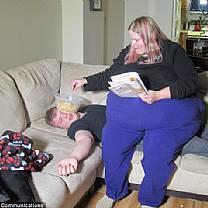 Mulher de 280 quilos que julga obesidade como