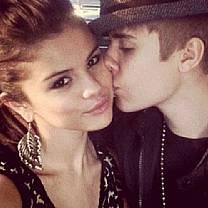 Iô-iô: Justin Bieber e Selena Gomez reatam namoro, diz site