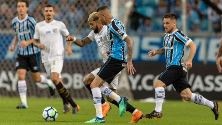 Supremacia do Grêmio escancara problemas do Santos na temporada