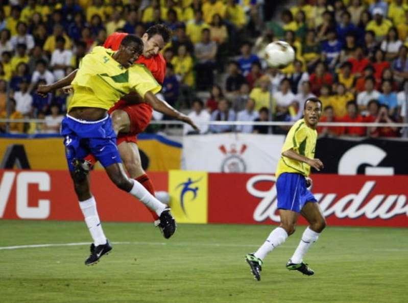 Em 2002, Bélgica fez seu melhor jogo justamente contra o Brasil