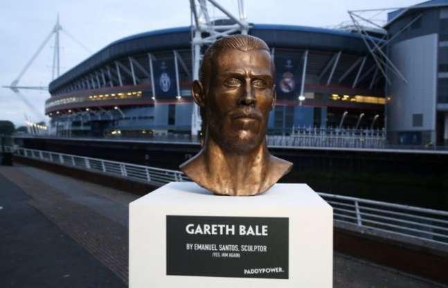 As piores esculturas de celebridades esportivas