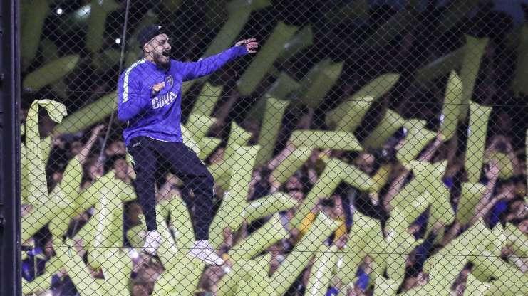 Boca faz 2 no fim, vence Palmeiras na Bombonera lotada e abre vantagem na semi da Libertadores
