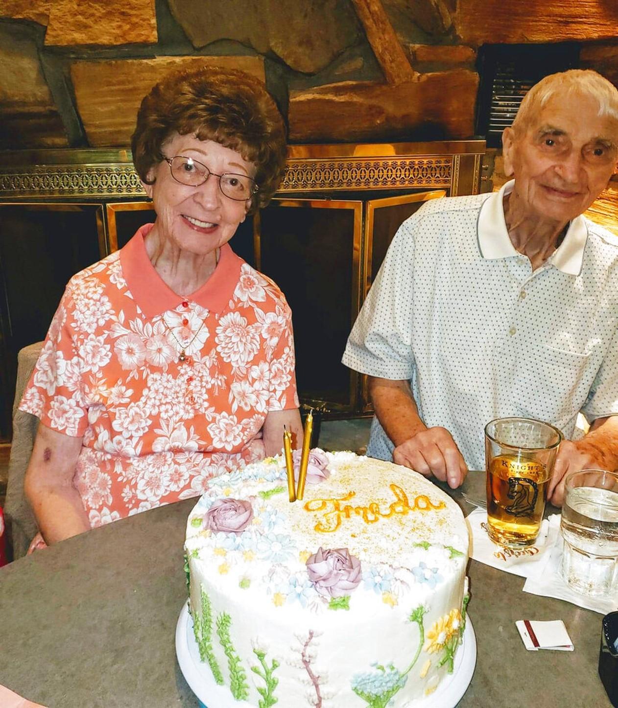 Marido e mulher morrem com 20 minutos de diferença entre eles depois de passarem 70 anos juntos
