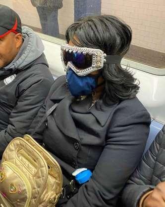 As máscaras caseiras mais divertidas que você vai ver hoje