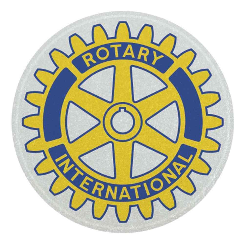 Rotary Clubs de Votuporanga doam máscaras, aventais e luvas para a Santa Casa