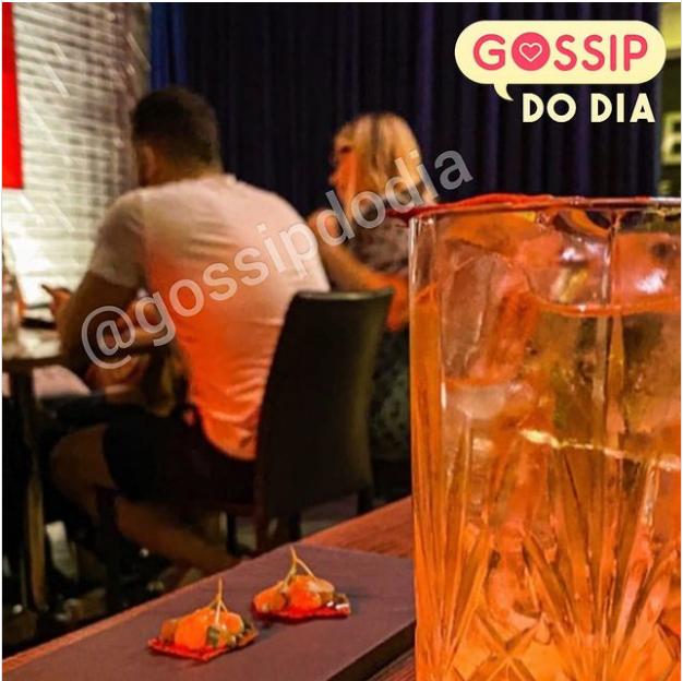 Marília Mendonça é clicada com Murilo Huff em jantar após reatar namoro com cantor
