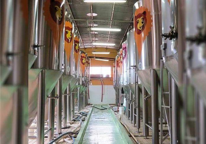 Ambev para parte da produção de cerveja para doar oxigênio a hospitais