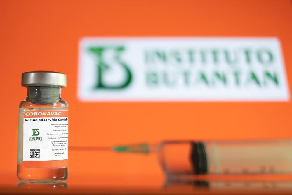 Brasil retoma a produção de vacinas