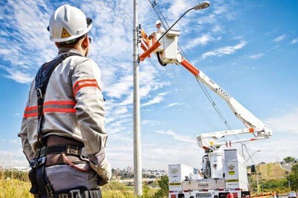 Elektro oferece curso de eletricista de graça